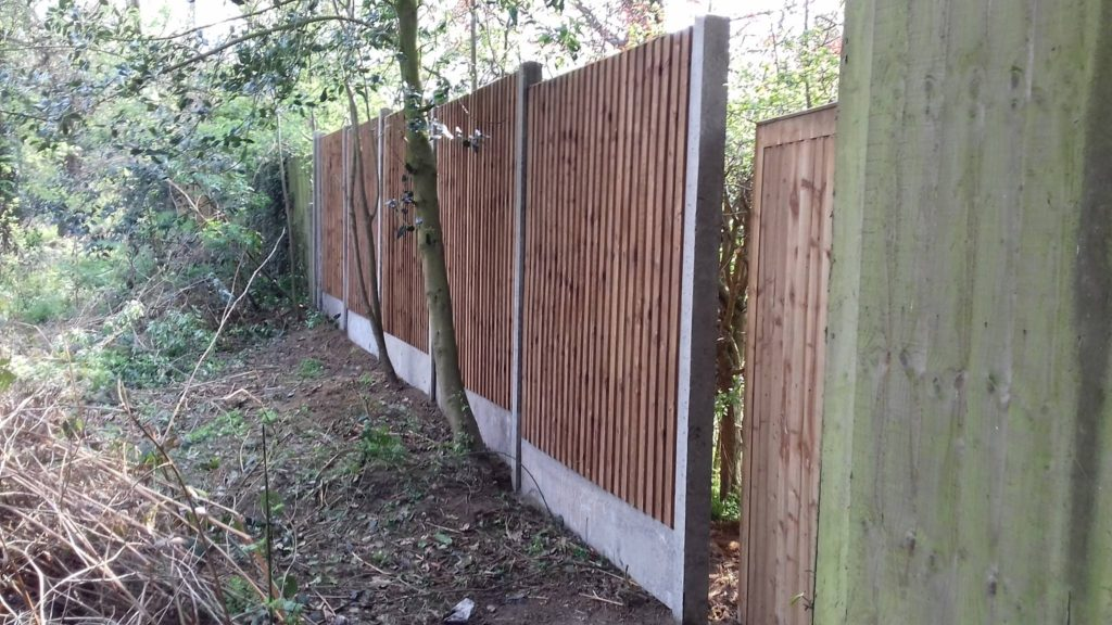 Pre-Built Featherboard with Concrete Gravel Boards